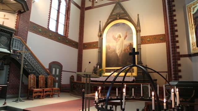 stockvideo's en b-roll-footage met arendal, interior view of the trinity church - mannelijke gelijkenis