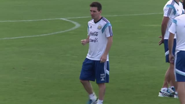 argentinas players say their country has been waiting a long time for the world cup success they hope to deliver on wednesday in their semi final... - oranje stock videos & royalty-free footage