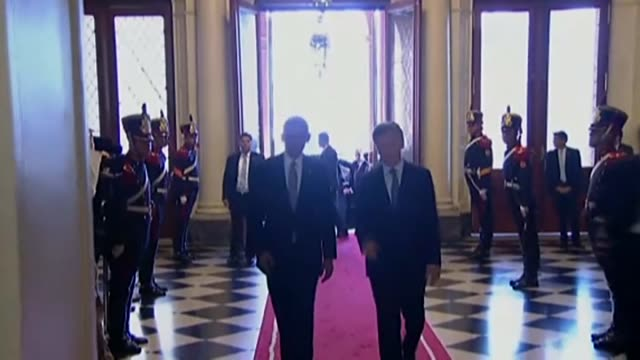 argentinian president mauricio macri welcomes us president barack obama prior to a meeting at the casa rosada presidential palace in buenos aires... - mauricio macri stock videos and b-roll footage