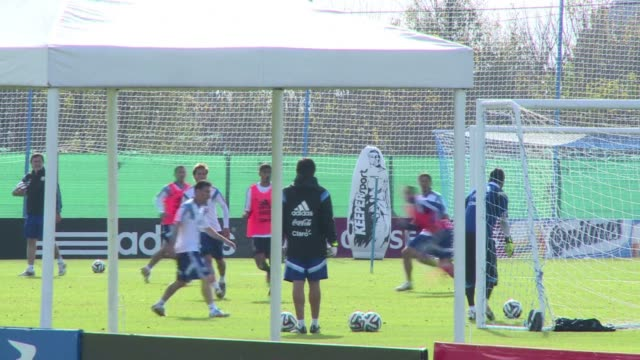 Argentinian World Cup squad trains with high hopes for Brazil 2014 with its sight set in making it among the top four