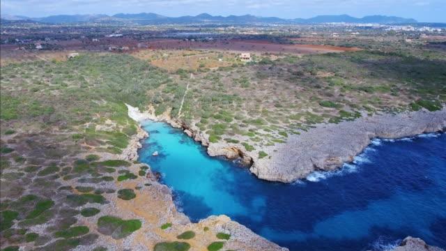 Arial Ansicht von Cala Petita an Ostküste auf der spanischen Baleareninsel Mallorca