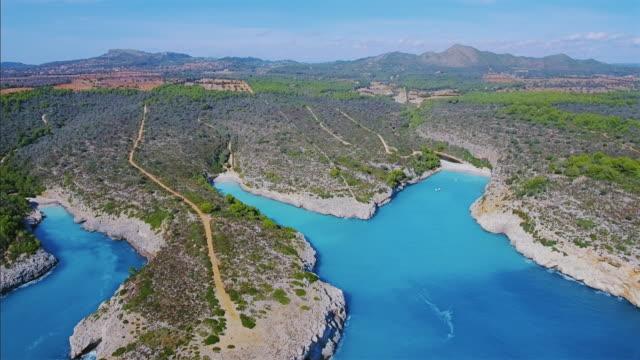 Arial vista de calas de la costa este en Español Baleares isla de Mallorca / España