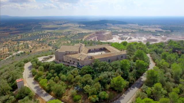 Arial Ansicht des Klosters Heiligtum der Monti-Sion auf der Balearischen Insel Mallorca / Spanien