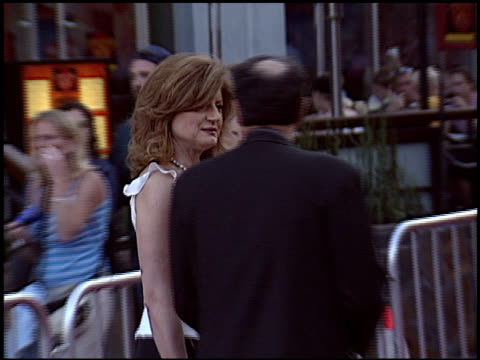 ariana huffington at the 'cinderella man' premiere at gibson amphitheatre in universal city, california on may 23, 2005. - gibson amphitheatre stock-videos und b-roll-filmmaterial