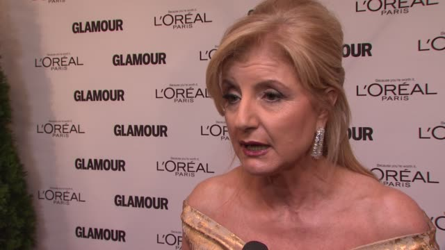 arianna huffington on failure and following your dreams at the glamour magazine's 21st annual women of the year awards at new york ny - hinterher bewegen stock-videos und b-roll-filmmaterial