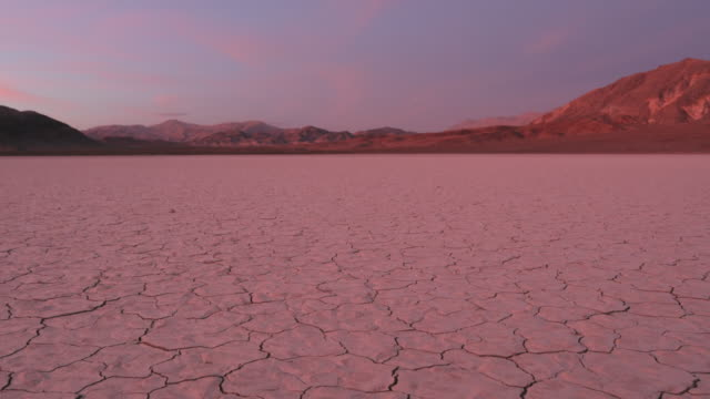 ds, ws arid, dry cracked earth in california - arid climate stock videos & royalty-free footage