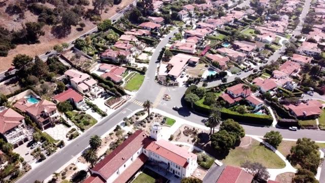 ariel view of suburban homes in palos verdes, california - palos verdes stock videos & royalty-free footage