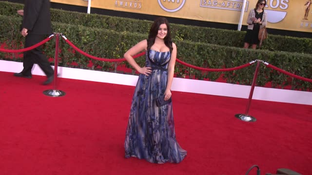 stockvideo's en b-roll-footage met ariel winter at 20th annual screen actors guild awards arrivals at the shrine auditorium on in los angeles california - screen actors guild awards