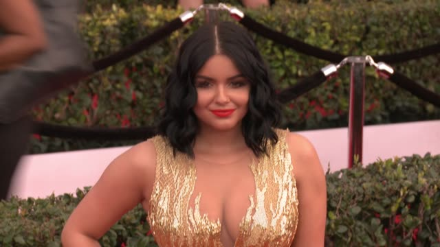 stockvideo's en b-roll-footage met ariel winter at 23rd annual screen actors guild awards arrivals at the shrine expo hall on january 29 2017 in los angeles california - screen actors guild
