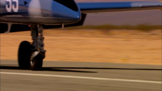 cu, usa, arizona, grand canyon, aero l-39 albatross driving on tarmac, close-up oh wheels - military aeroplane stock videos and b-roll footage