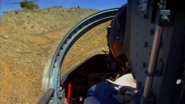 pov, usa, arizona, grand canyon, military airplane flying above desert - unknown gender stock videos & royalty-free footage