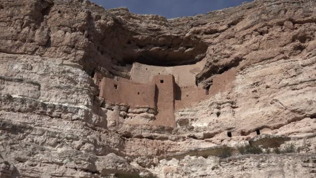 arizona montezuma castle vista zoom in.mov - puebloan culture stock videos & royalty-free footage