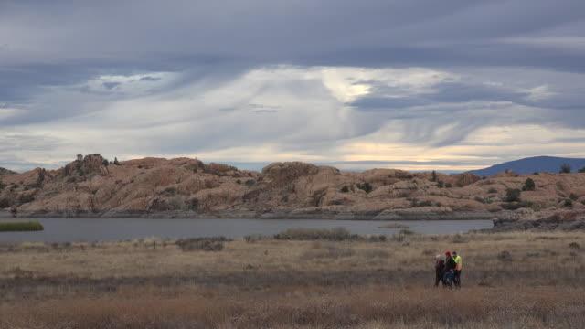 arizona rocks and sky at willow lake with people.mov - prescott arizona stock videos & royalty-free footage