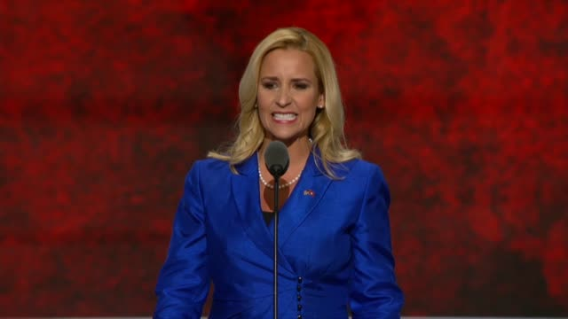 arkansas attorney general leslie rutledge tells delegates at the convention that she knows the race which shape the supreme court for generations,... - 馬勒点の映像素材/bロール