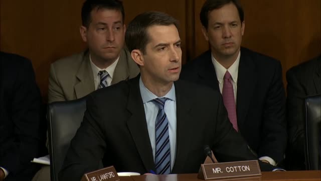 arkansas senator tom cotton and former fbi director james comey discuss a new york times story which comey affirms it would be fair to characterize... - früherer stock-videos und b-roll-filmmaterial