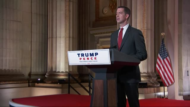 vidéos et rushes de arkansas senator tom cotton says in remarks to the republican national convention that a lot had changed in four years, back then gathering in a... - infanterie