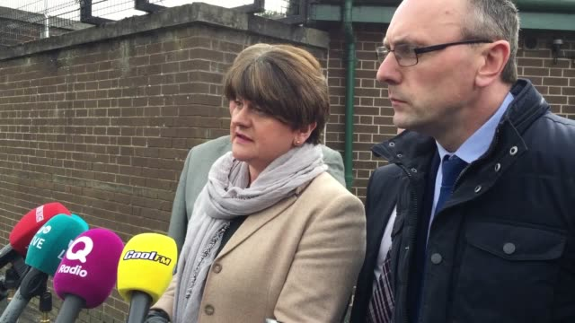 vídeos y material grabado en eventos de stock de arlene foster gives a press statement in belfast on the spate of atm thefts in northern ireland and goes on to talk about brexit and the prime... - accesorio financiero