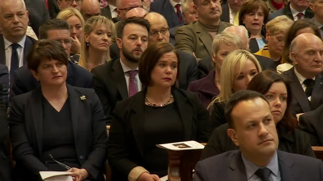 arlene foster mary lou mcdonald michelle o'neill and leo varadkar attending the funeral of murdered journalist lyra mckee - アイルランド共和国点の映像素材/bロール