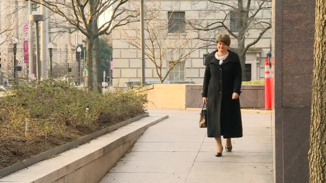 arlene foster walking towards the camera - dup stock-videos und b-roll-filmmaterial