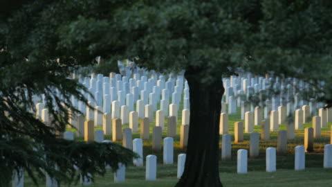 vídeos y material grabado en eventos de stock de el cementerio nacional de arlington - arlington