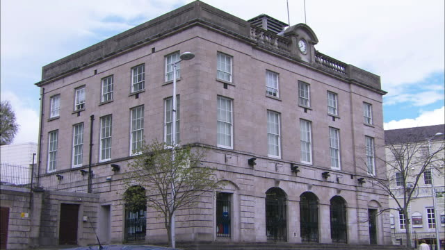 armagh library, scotch street, armagh, northern ireland - county armagh stock videos & royalty-free footage