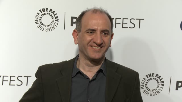 vídeos y material grabado en eventos de stock de armando iannucci at the veep panel paleyfest 2014 at dolby theatre on march 27 2014 in hollywood california - armando iannucci