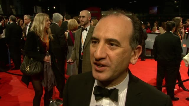 armando iannucci on the awards, on in the loop being the most profane script to get a nomination, on british comedy, on doing another series of thick... - アーマンド・イアヌッチ点の映像素材/bロール