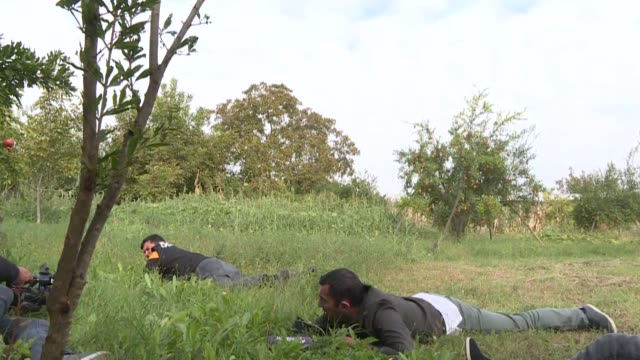 armenian army's bombardments have risked the lives of journalists serving in azerbaijan's nagorno-karabakh region. cannons fired by the armenian army... - us state border stock videos & royalty-free footage