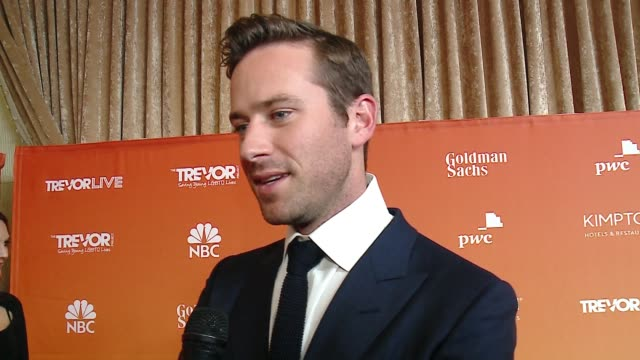 vidéos et rushes de interview armie hammer on the trevor project works to provide crisis intervention and suicide prevention services at the trevor project's 2017... - suicide