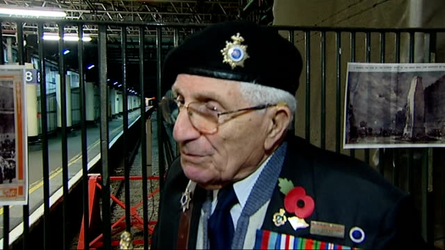 ceremony at victoria station last night for body of unknown soldier; leslie sutton [association of jewish ex servicemen and women) interview sot -... - tomb of the unknown warrior westminster abbey stock videos & royalty-free footage