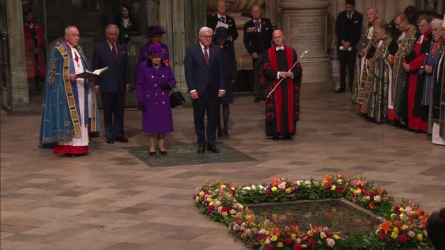stockvideo's en b-roll-footage met royal family arrives at westminster abbey service; england: london: westminster: westminster abbey: queen elizabeth ii stood with frank-walter... - westminster abbey