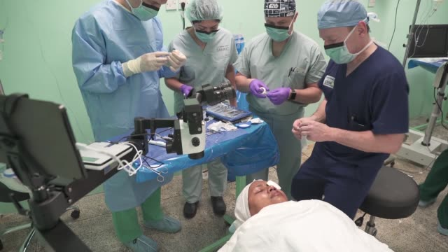 army and air force opthalmologists perform cataract surgery on local patients in guyana in support of new horizons 2019. - iris eye stock videos & royalty-free footage