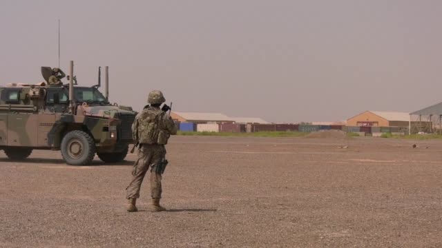 army soldiers with the 321st sustainment brigade and the australian and new zealand army corps conducted a mass casualty exercise at camp taji, iraq... - medical dressing stock videos & royalty-free footage