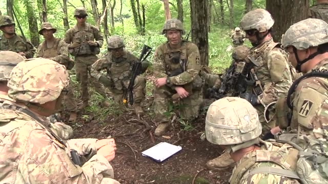 us army soldiers with the 76th infantry brigade combat team prepare for a live fire exercise in japan as a part of orient shield 2018 - platoon stock videos and b-roll footage
