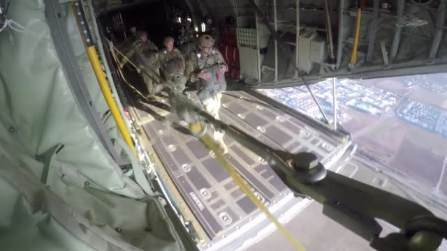 us army special operations forces soldiers conduct airborne operations training from c130 hercules at stuttgart germany february 22 2019 - fallschirmjäger stock-videos und b-roll-filmmaterial