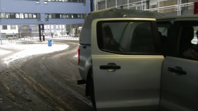 army steps in to transport nhs staff in edinburgh as service is stretched by bad weather; scotland: ext 4x4 vehicle driven along snow covered road... - kate snow stock videos & royalty-free footage