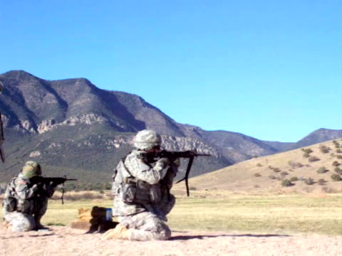 us army weapons firing range - militant groups stock videos and b-roll footage