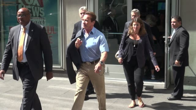 arnold schwarzenegger at 'fox and friends' on june 25 2015 in new york city - arnold schwarzenegger stock-videos und b-roll-filmmaterial