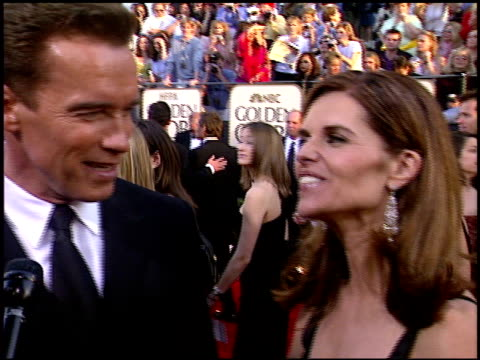 arnold schwarzenegger at the 2003 golden globe awards at the beverly hilton in beverly hills california on january 19 2003 - arnold schwarzenegger stock-videos und b-roll-filmmaterial