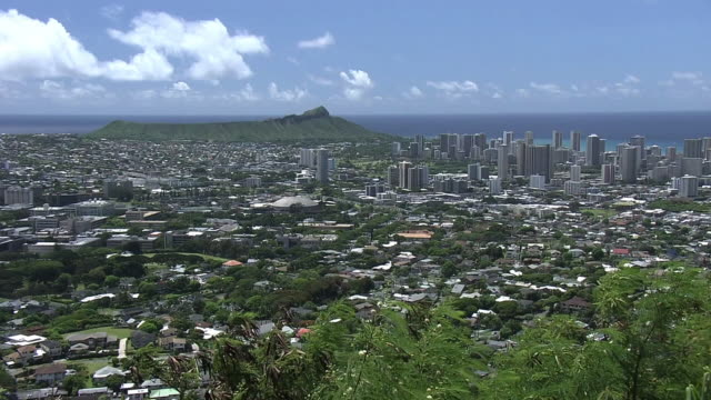 around honolulu, hi, usa - tilt down stock videos & royalty-free footage