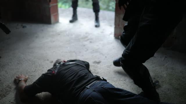 Arresting a gangster