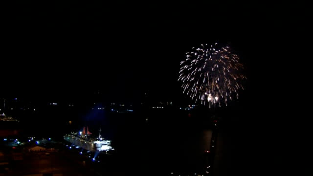 arrives in dubai after final voyage; via aptn united arab emirates: dubai: ext/night fireworks exploding in sky and bagpipes played during ceremony... - bagpipes stock videos & royalty-free footage