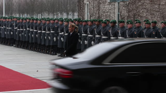 Arriving limousines of the Armenian delegation in the courtyard in front of the Chancellery the guard of honor can be seen in the background German...