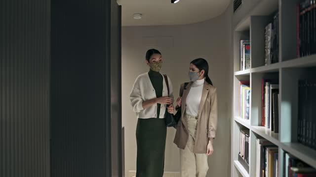 Chegando ao escritório durante a pandemia