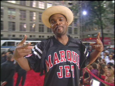 arriving to the 2003 mtv video music awards red carpet. - darryl mcdaniels stock videos & royalty-free footage