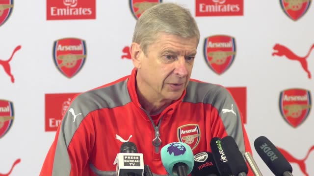 arsenal manager arsene wenger believes that their fa cup semifinal win against man city will improve morale and confidence in their premier league... - レスターシャー点の映像素材/bロール