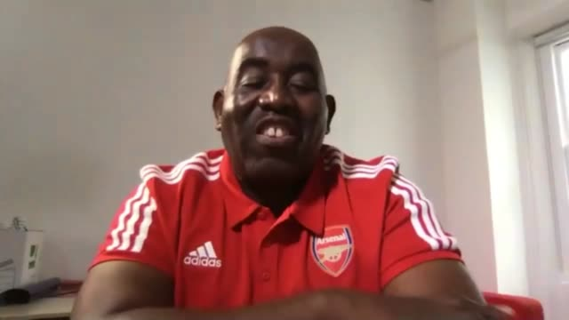 arsenal supporters and celebrity fans line up appeal after 'gunnersaurus' mascot made redundant; england: london: int robbie lyle interview via... - displeased stock videos & royalty-free footage