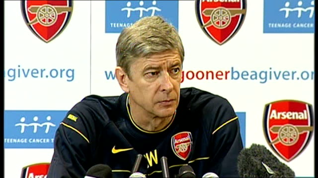 arsene wenger press conference wenger press conference sot two races one to be in top four one to be in race for championship / on injuries and... - menschlicher muskel stock-videos und b-roll-filmmaterial