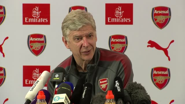 arsene wenger speaks to journalists ahead of final match hertforshire london colney arsenal training centre int arsene wenger press conference sot - アーセン・ベンゲル点の映像素材/bロール