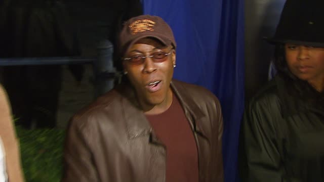 arsenio hall at the dreamworks pictures' and paramount pictures' 'dreamgirls' los angeles premiere at wilshire theatre in beverly hills, california... - arsenio hall stock videos & royalty-free footage